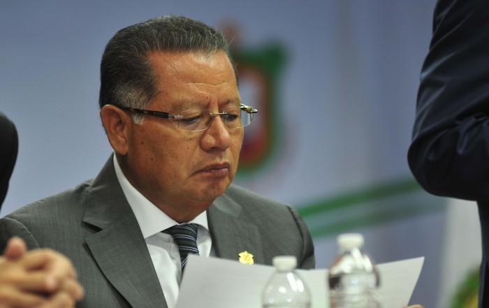Yunes no se rinde, reenvía iniciativa para reestructurar deuda
