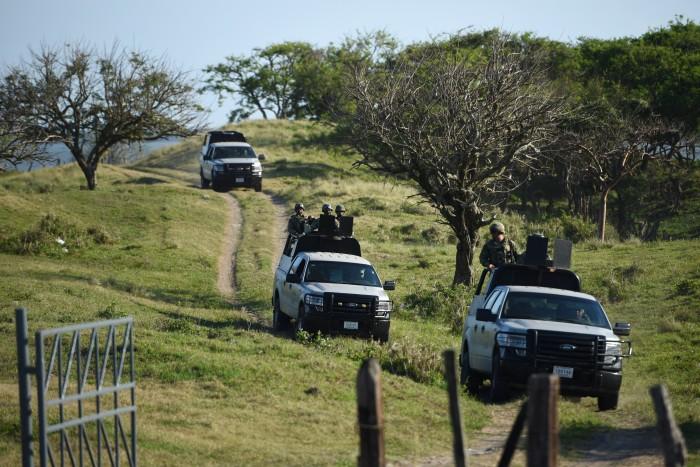 Fiscalía, sin concluir exhumación de cadáveres en fosa de Alvarado, van 12 cráneos
