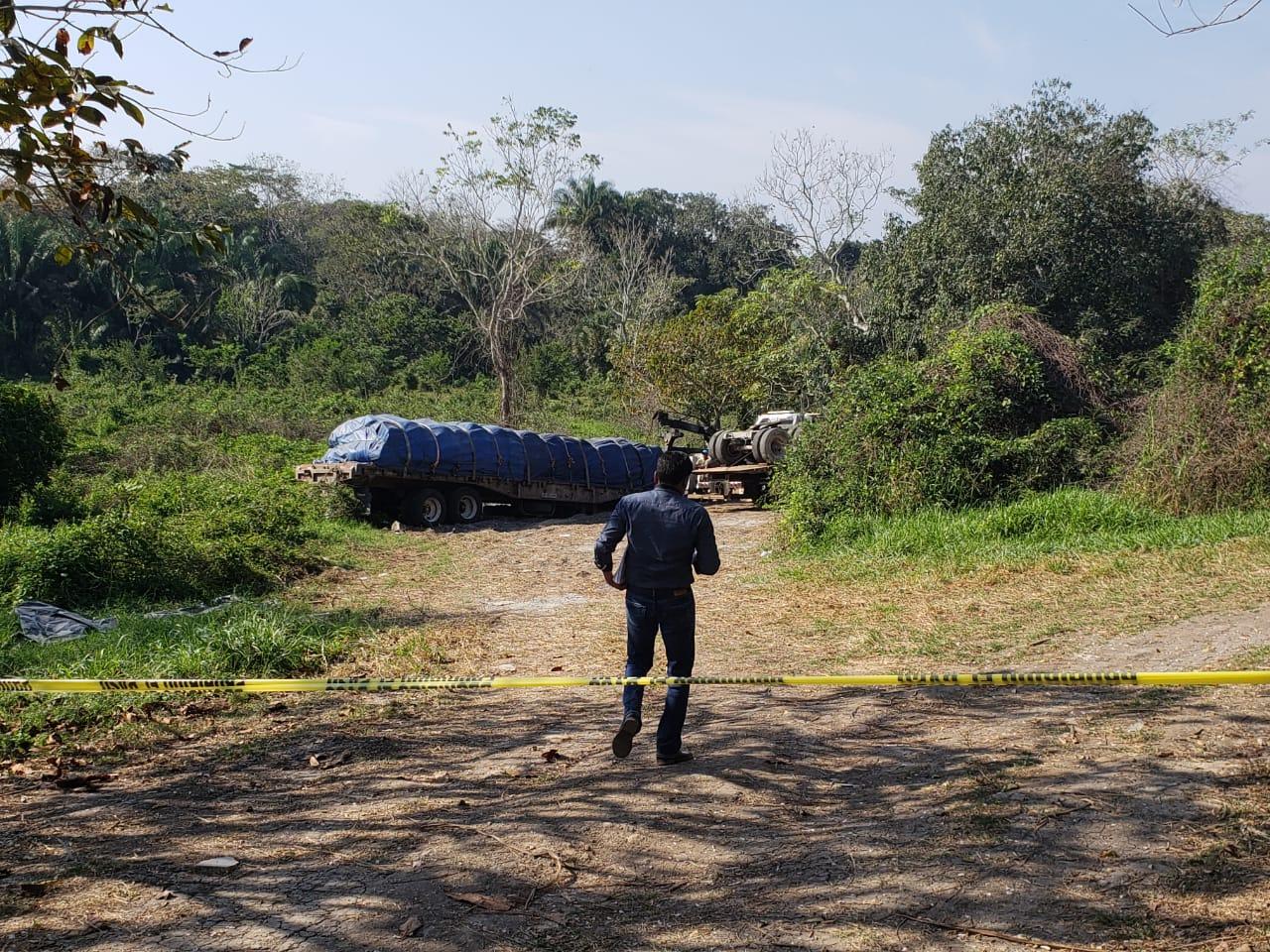 Van 7 cuerpos exhumados de fosas de Río Blanco y Sayula