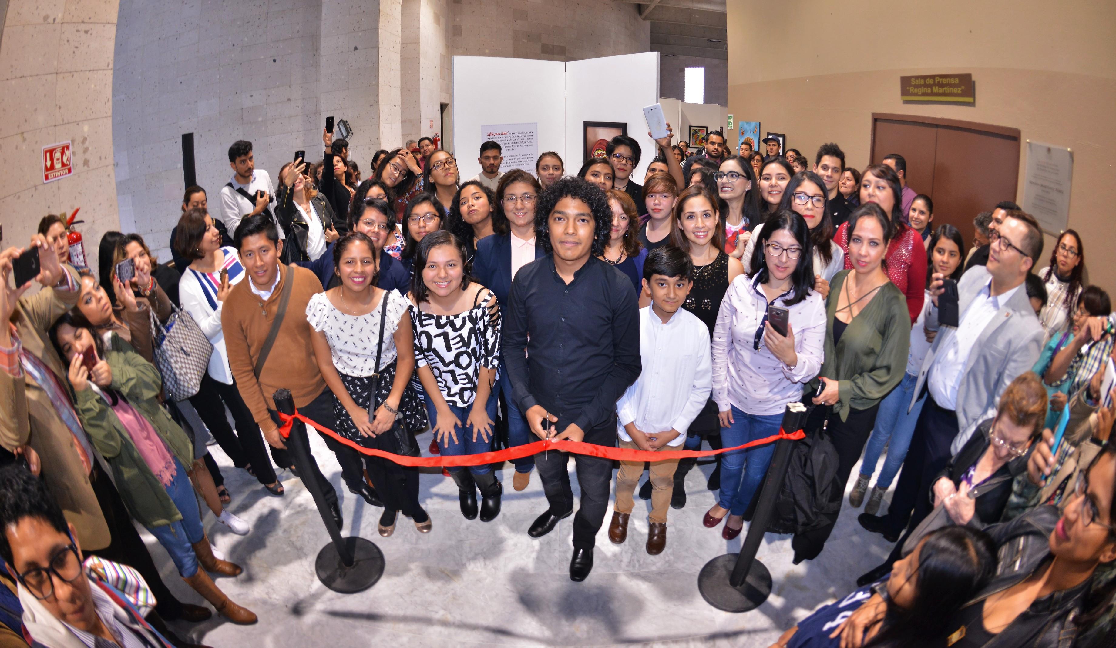 """Presentan en el Congreso la exposición colectiva """"Arte para todos"""""""