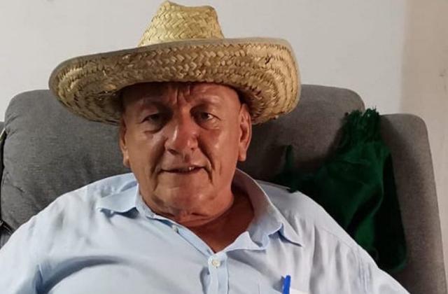 Candidato que regaló viagra pide voto por él y foto a la boleta