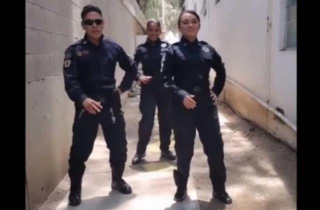 Investigan a policías de Michoacán por baile en tik tok