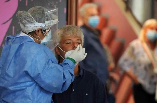 Pandemia, camino a peor pico: OMS