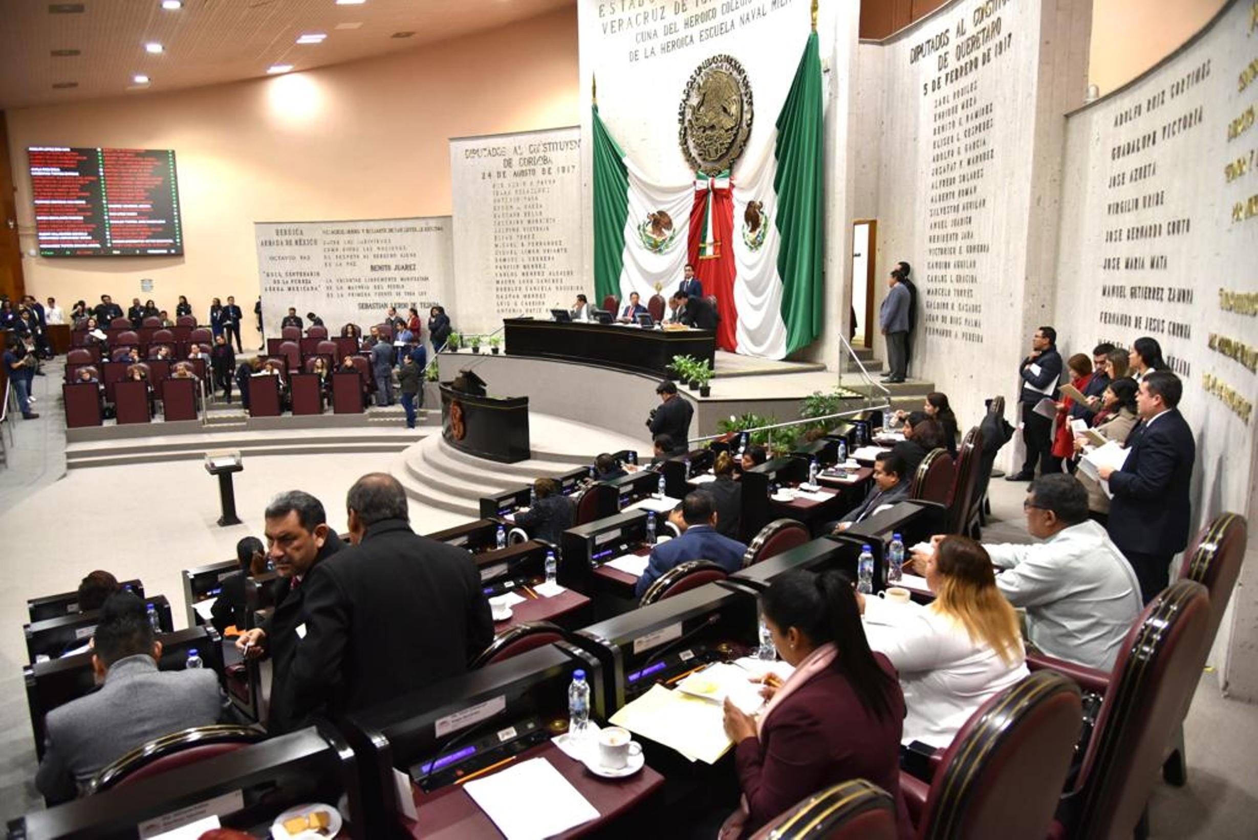 Diputados reculan y se desisten de dejar fracción de Morena en el Congreso