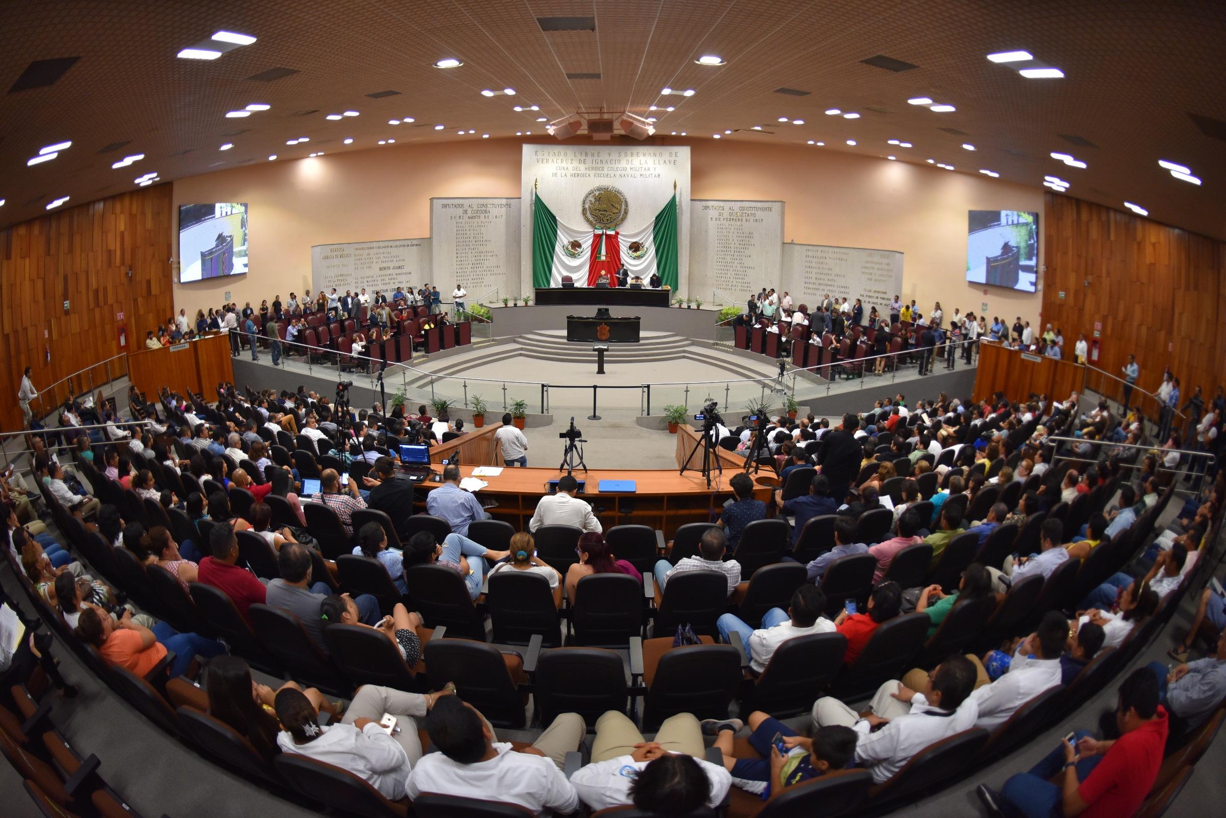 Diputados del PAN libraron de un juicio político a Jorge Winckler