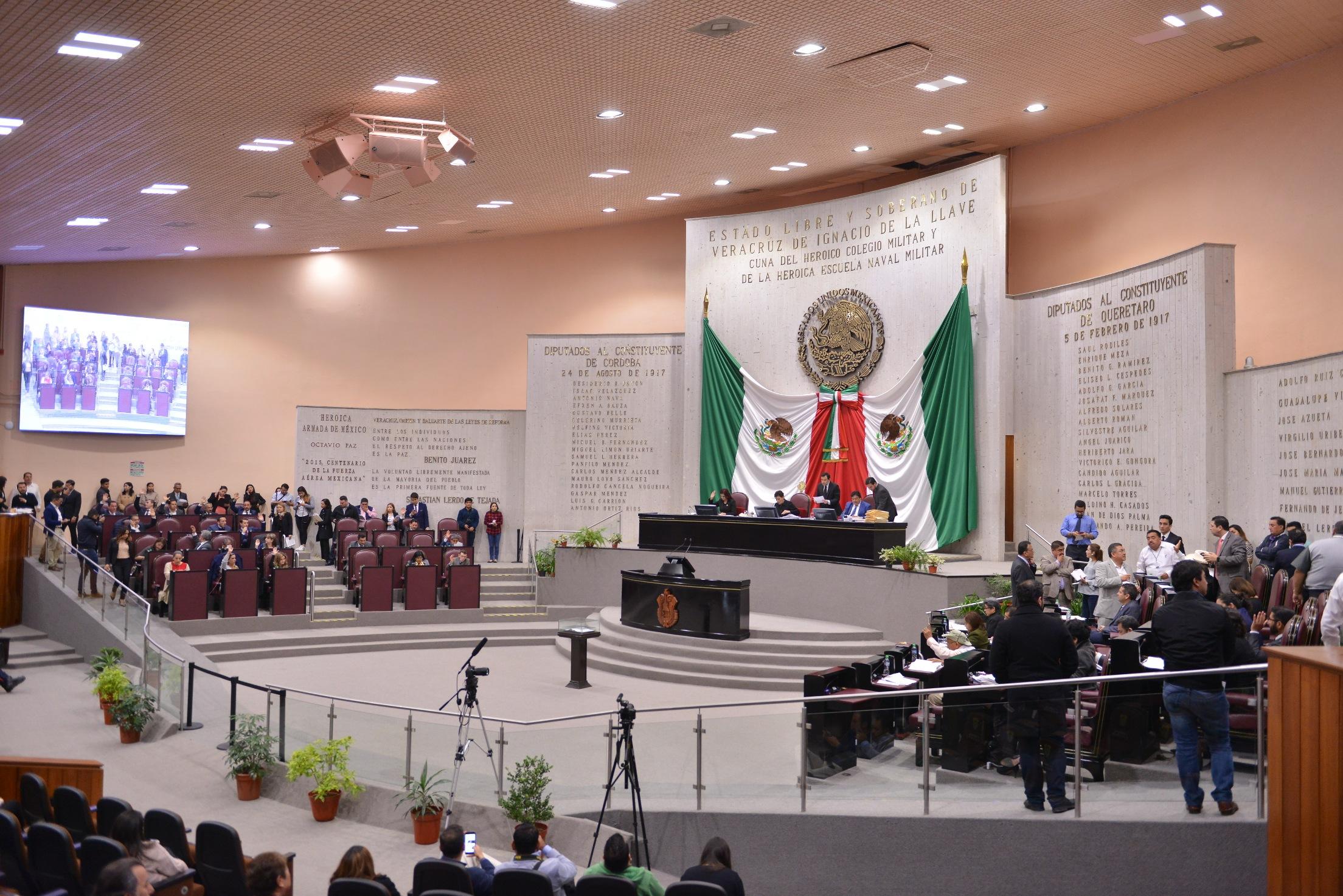 Rechazan diputados (as) reforma que elimina el fuero constitucional