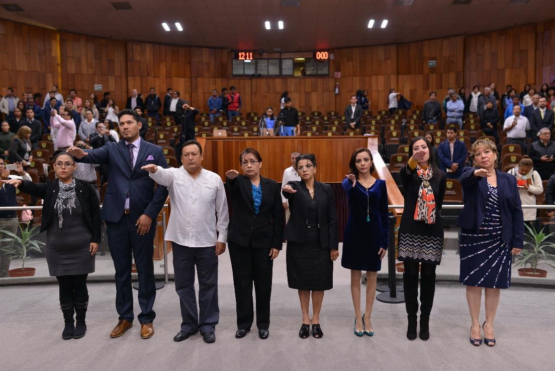 Rinden protesta de ley los integrantes de la Asamblea Consultiva de Víctimas