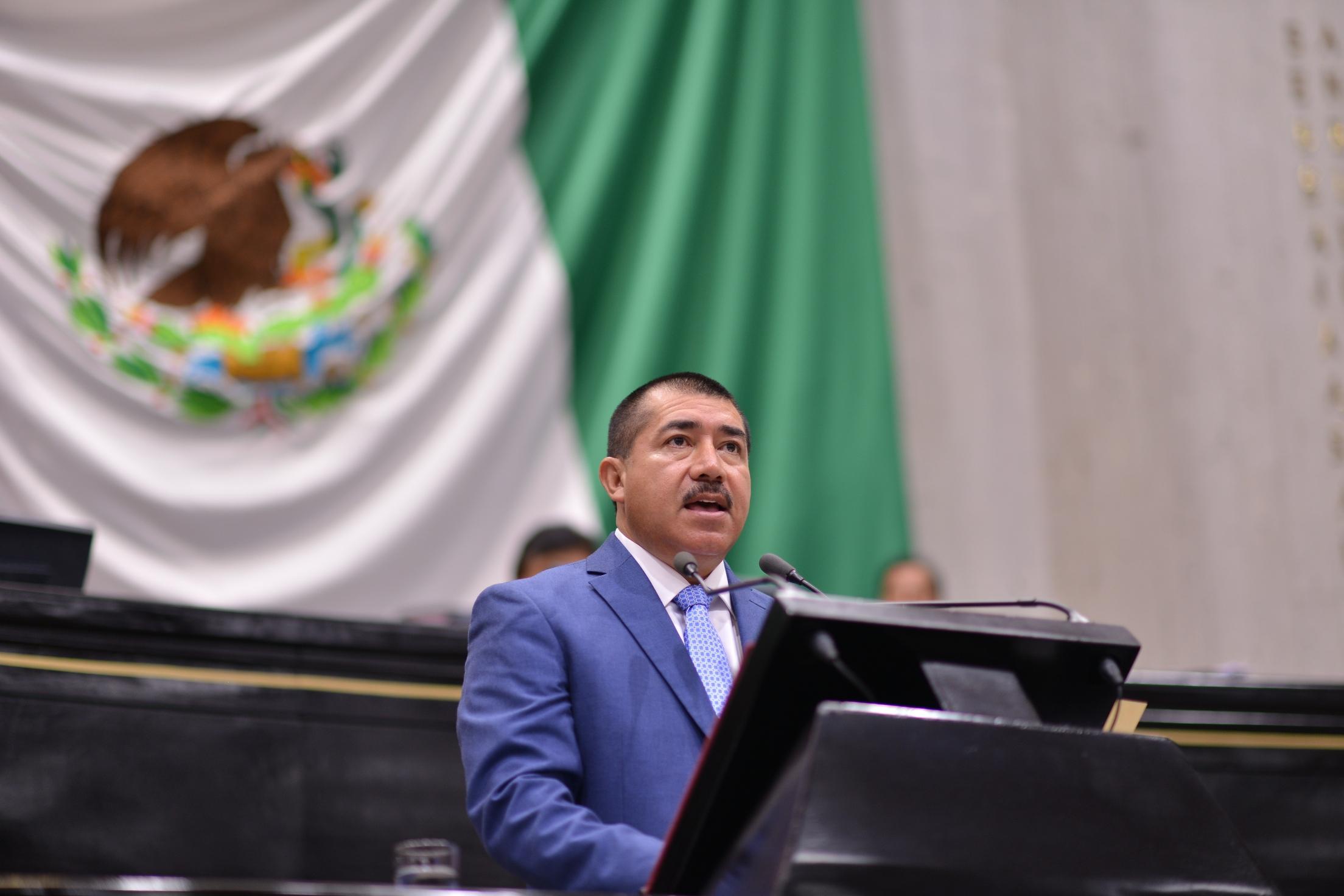 Afirma diputado José Roberto Arenas que continúa siendo priísta