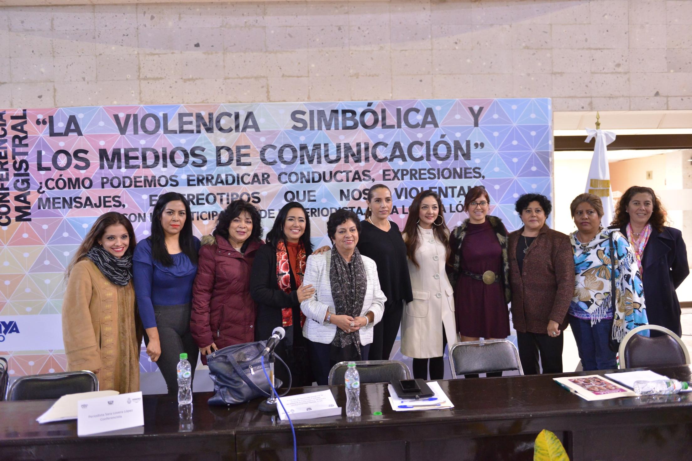 """""""Que la violencia o el miedo no nos haga ciegas"""": Sara Lovera"""