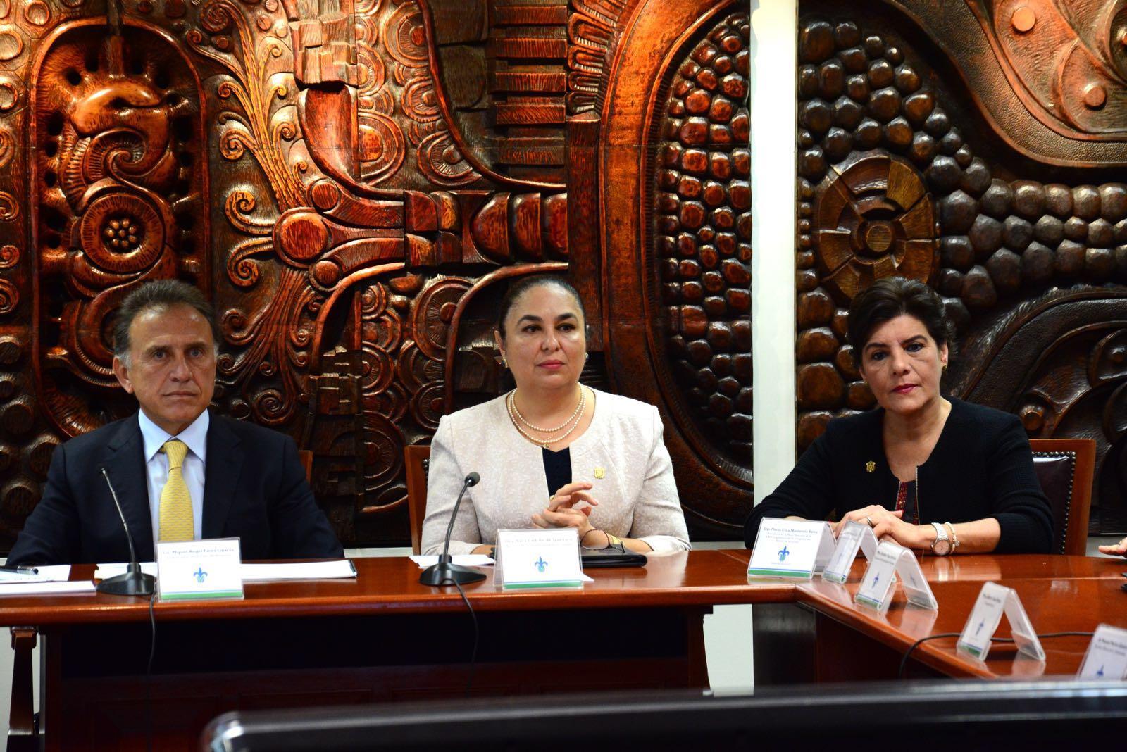 Autonomía de la UV fortalece a Veracruz: diputada María Elisa Manterola