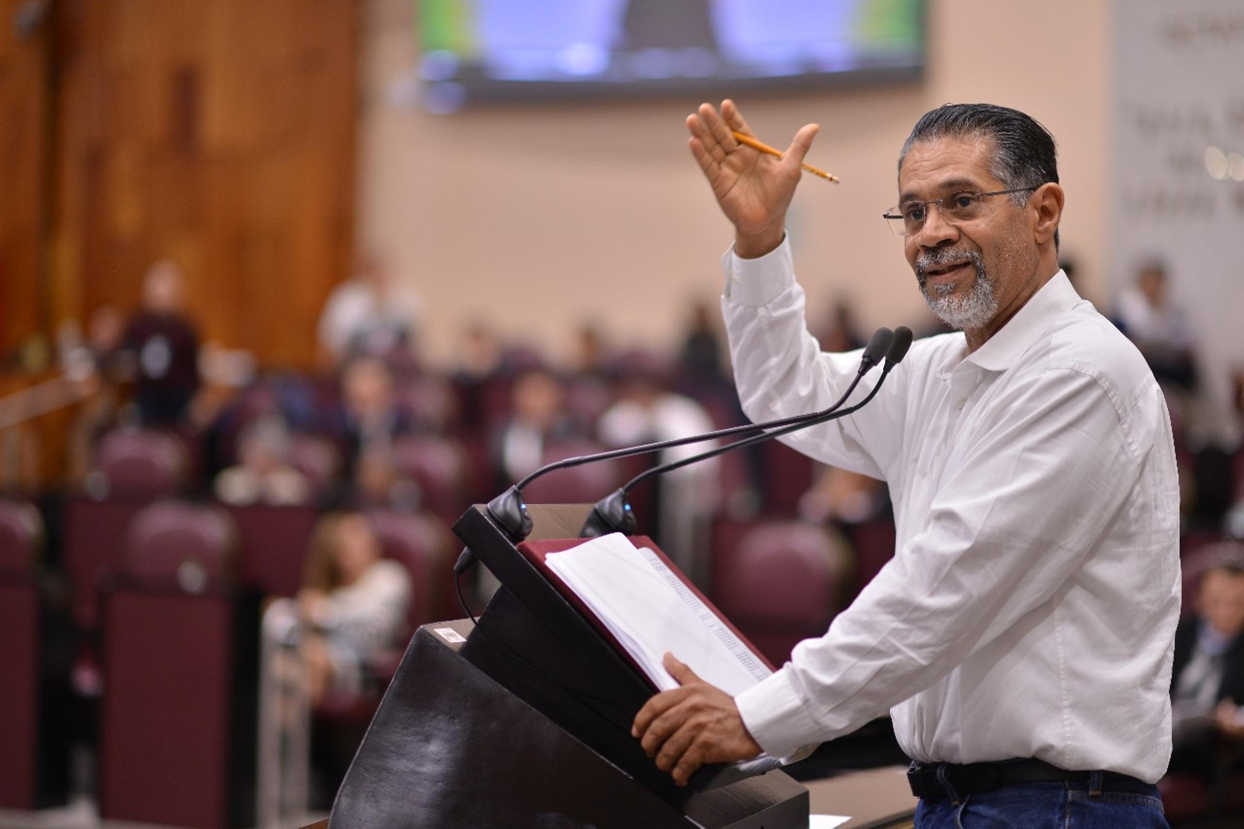 Reitera Tito Delfín urgencia de rehacer las policías municipales en Veracruz