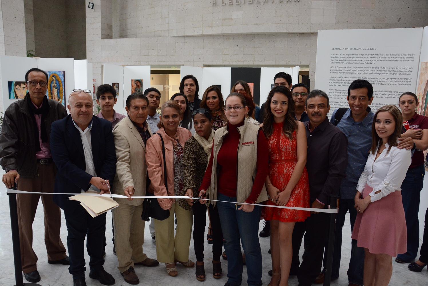 Presentan exposición de arte sacro en el Congreso de Veracruz