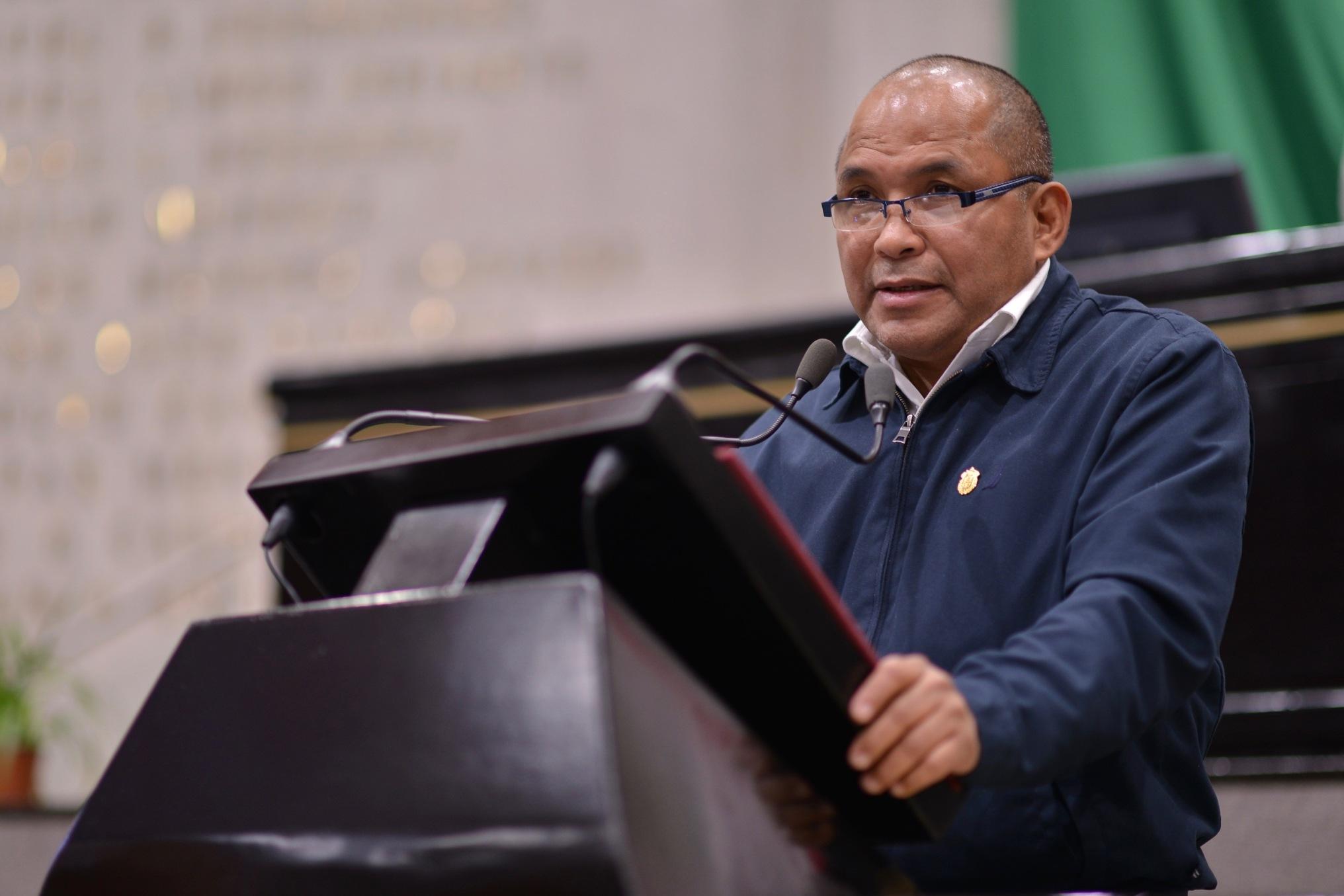 Diputado Sebastián Reyes convoca a evitar el alza en productos de la canasta básica