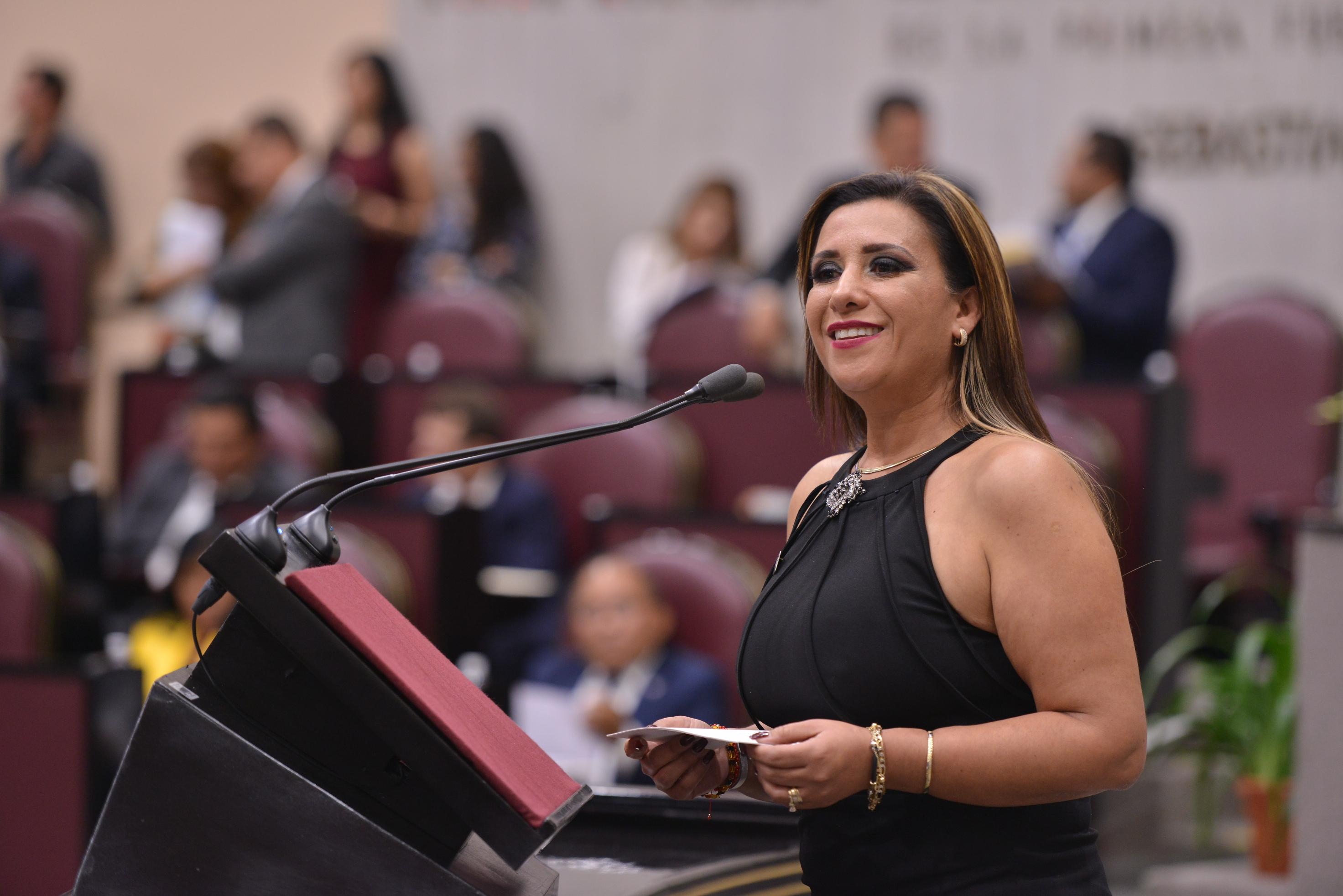 Pide Mariana Dunyaska evitar cierre definitivo del Servicio Nacional de Empleo