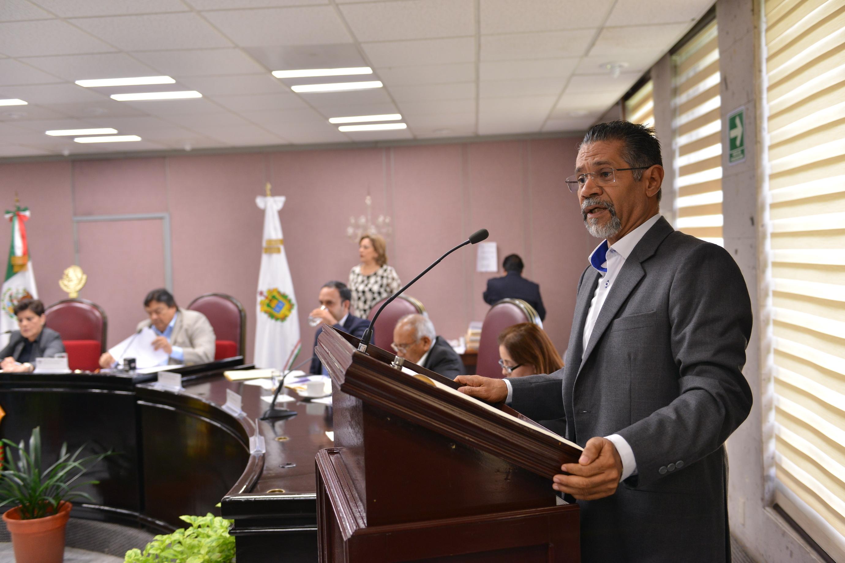 Impulsa diputado Tito Delfín creación del Instituto de Bomberos de Veracruz