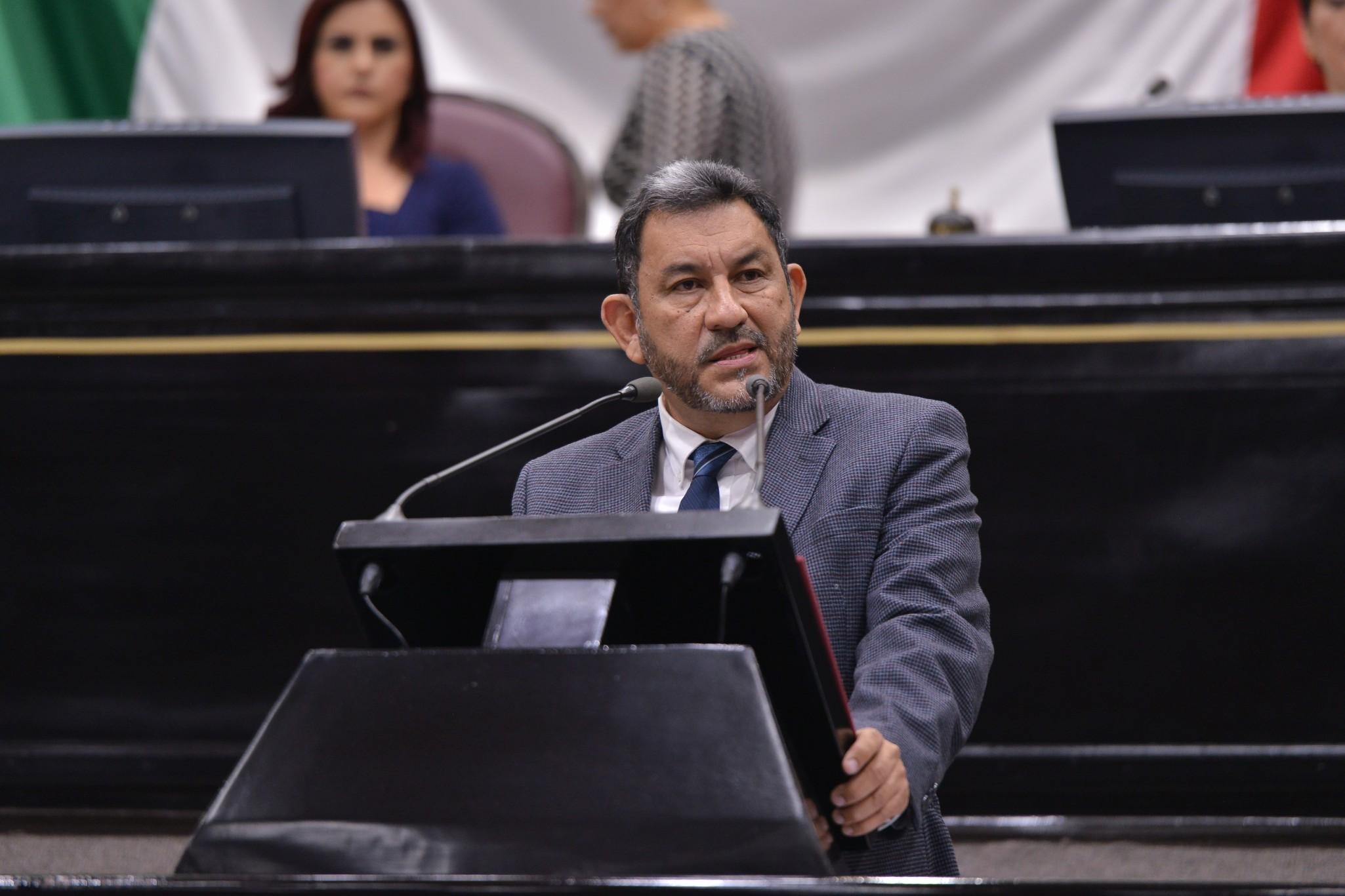 Gobierno estatal, pasmado e impotente ante los problemas actuales: Amado Cruz