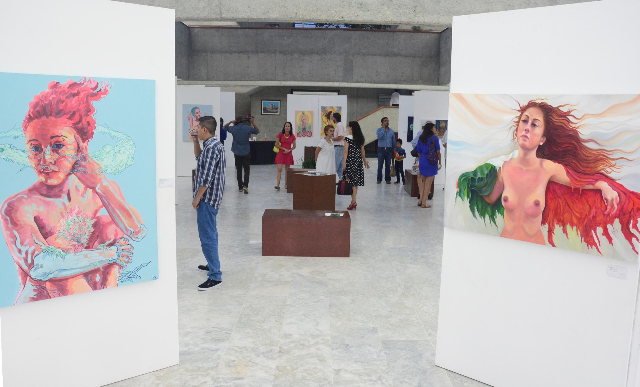"""La exposición pictórica """"Trébol"""" de Kari Torres y Luis Alberto, en el Congreso"""