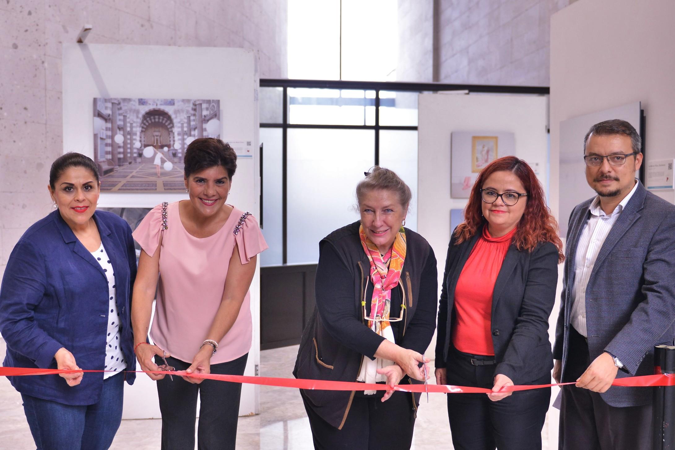 """Se inaugura la exposición """"Imagina Francia"""" en el Congreso del Estado"""