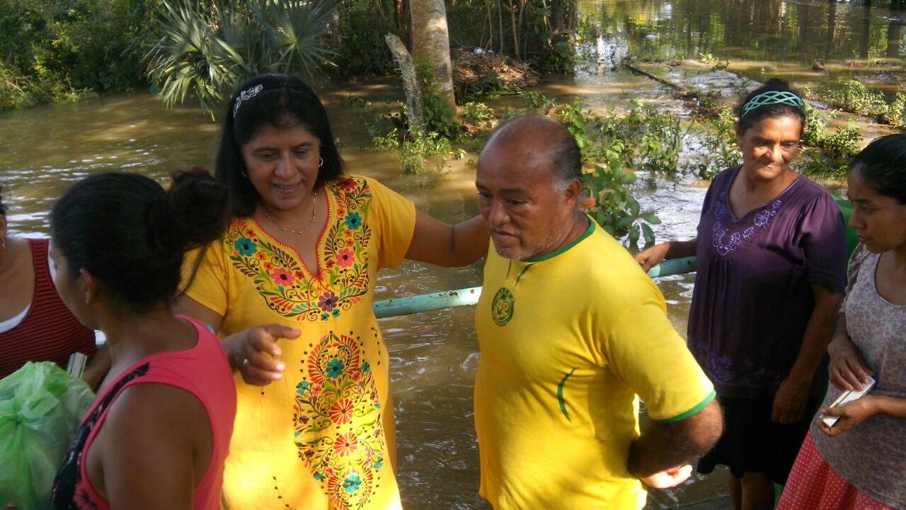 Exhorta Yazmín Copete a evaluar daños por inundaciones en Santiago Tuxtla