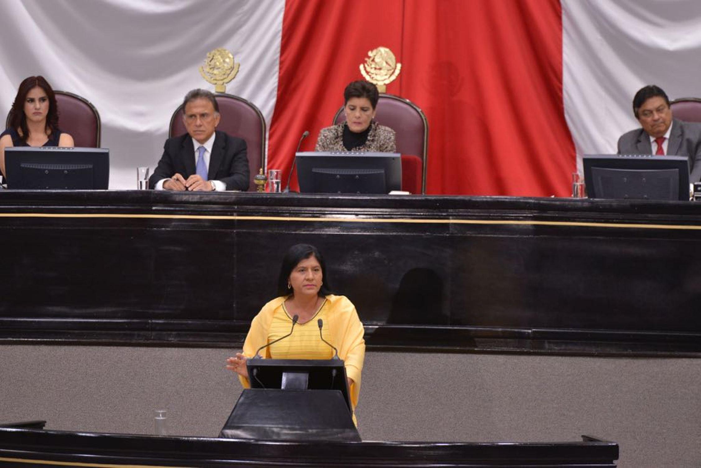 Debaten diputados (as) y Gobernador sobre resultados del primer año de gobierno