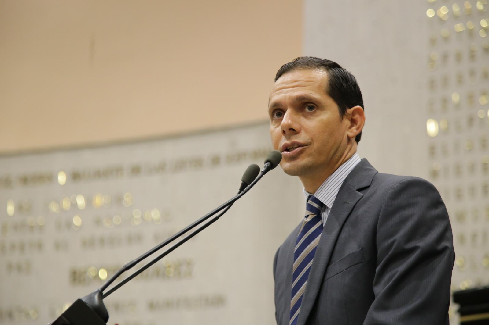 Sala Constitucional se volvió obsoleta, Pleno del Tribunal atendería sus funciones: Gregorio Murillo