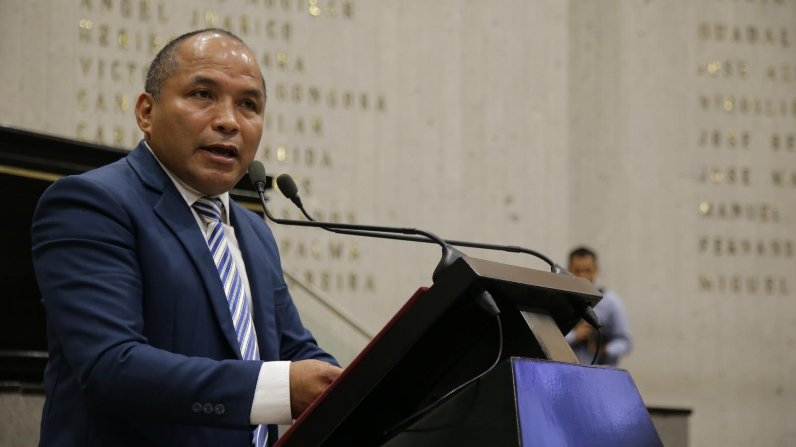Regular servicios de grúas permitirá combatir la corrupción: Sebastián Reyes