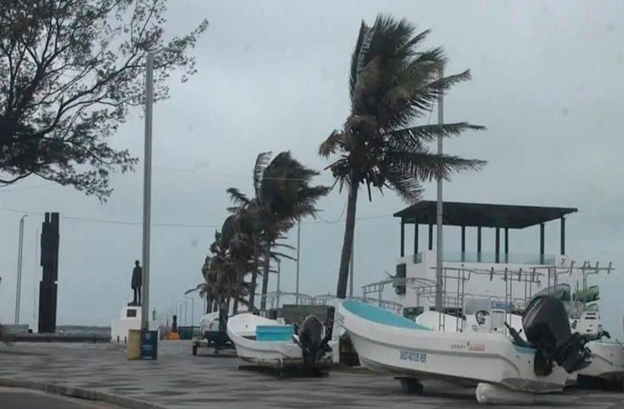 Frente Frío acelera rachas de viento en Puerto de Veracruz