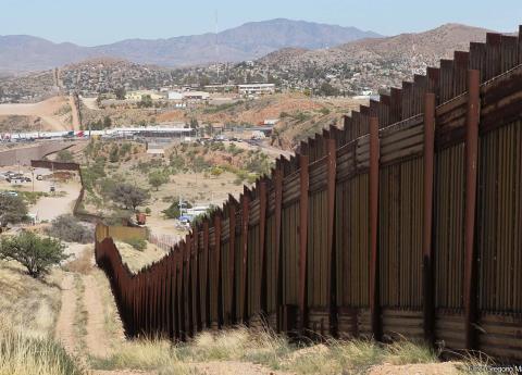 En menos de 24 horas, se desfonda amenaza de Trump para militarizar frontera