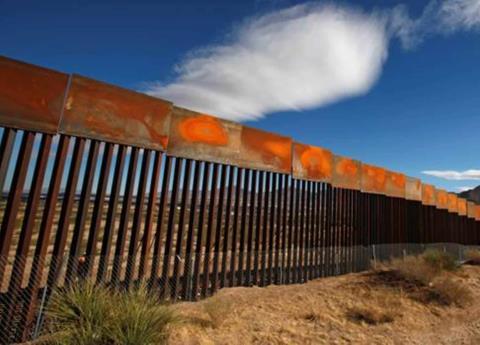Aumentaron muertes en la frontera México-EU, aunque cruzaron menos