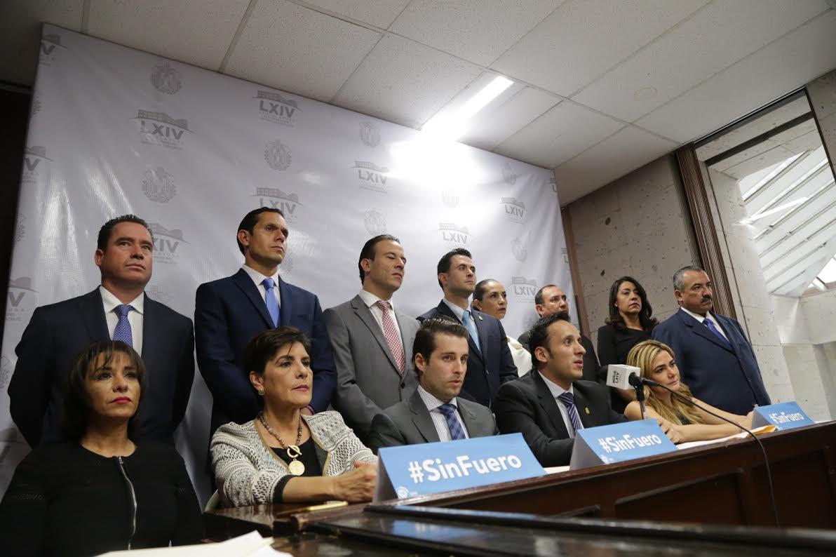 Rechazan MORENA y PRI discutir eliminación del fuero en Veracruz