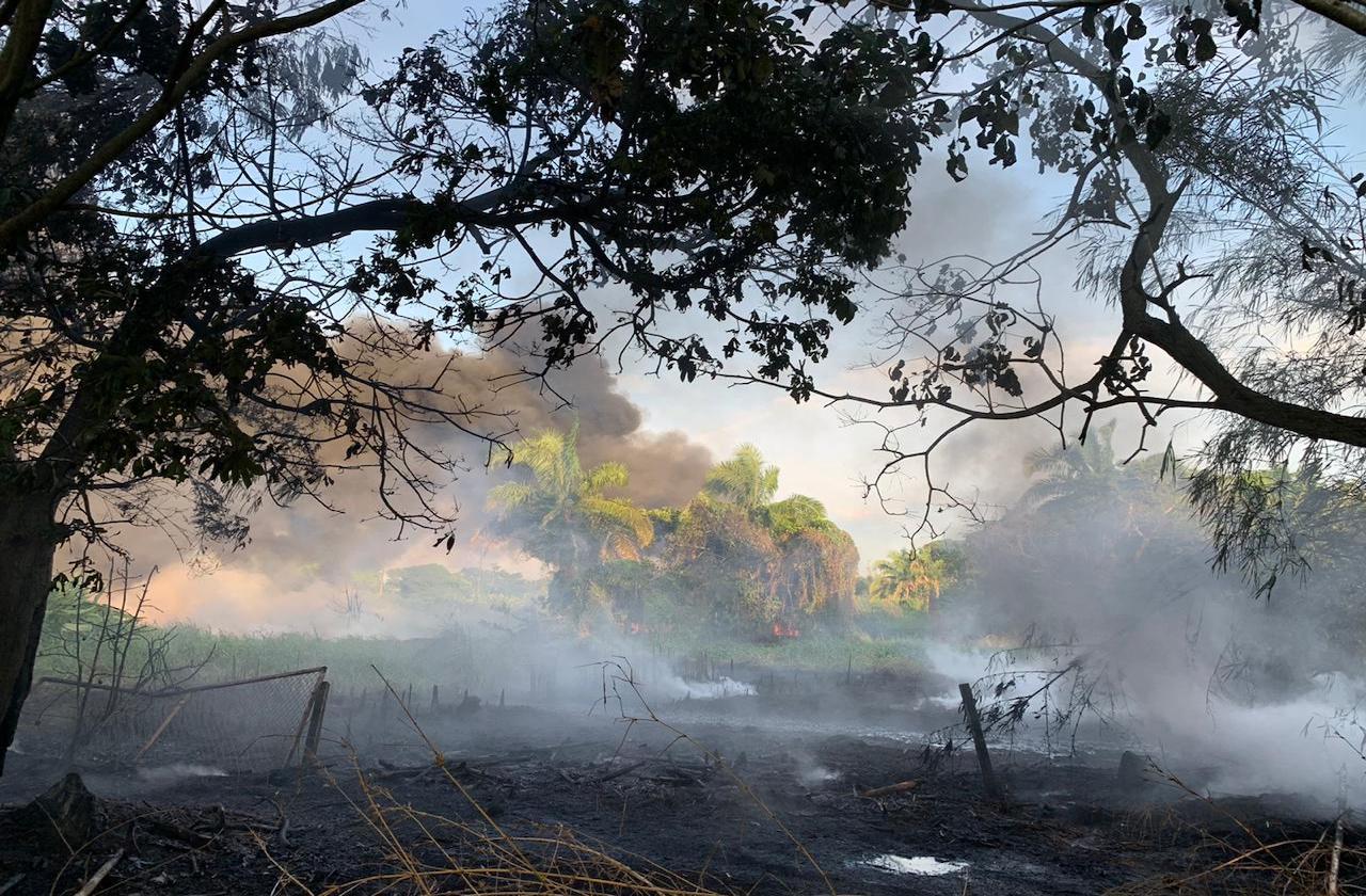 Fuga de hidrocarburo provocó incendio en Minatitlán