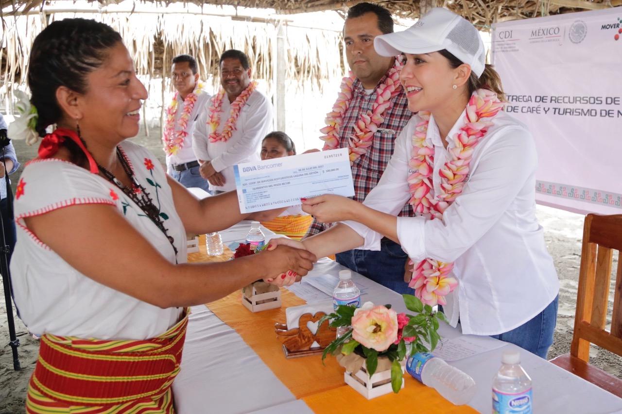 Trabajamos de la mano de nuestros indígenas para fomentar el turismo: Anilú Ingram