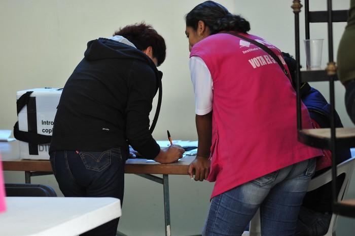 Llaman a votar en paz en elecciones parciales mexicanas