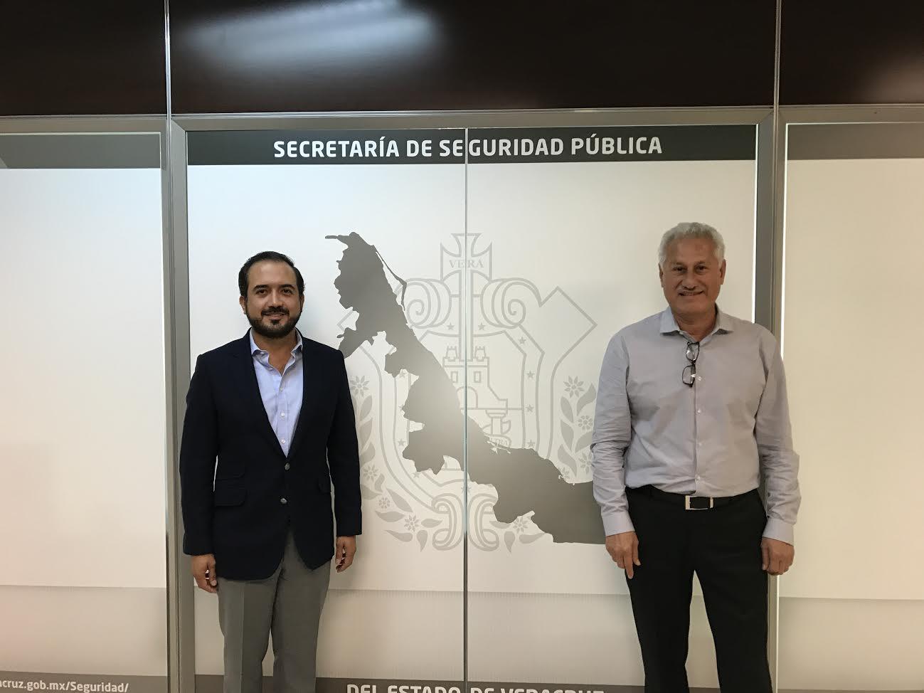 Fernando Yunes se reúne con el secretario de seguridad publica Jaime Téllez Marié