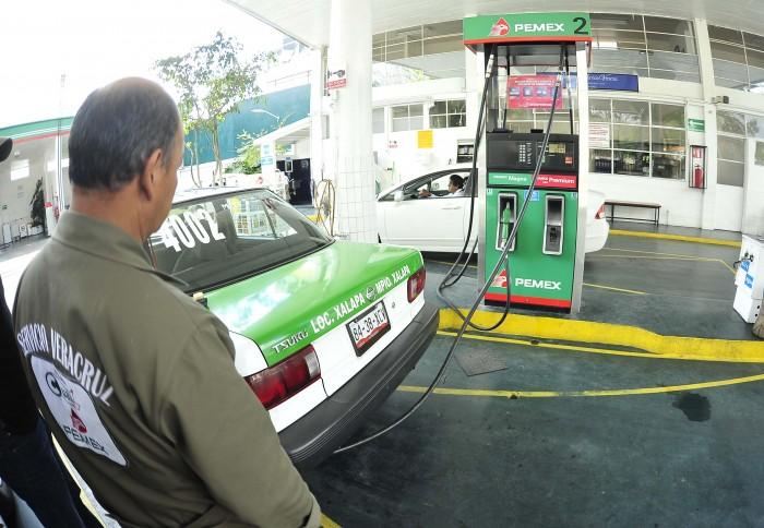 Entra hoy nuevo gasolinazo; crece la importación de combustibles