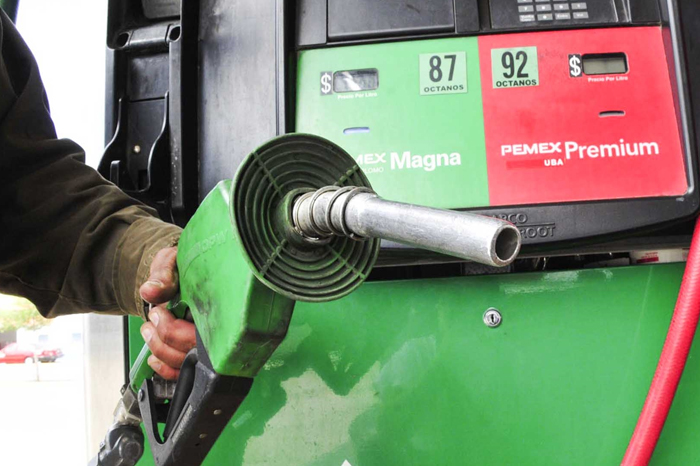 Estos son los culpables del aumento en precios de gasolina... Según AMLO