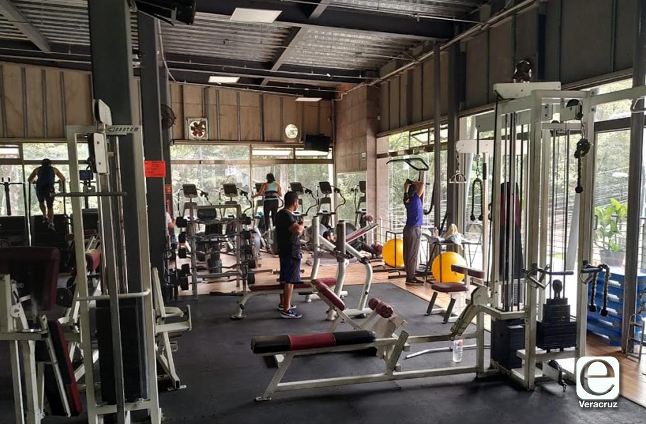Dueños de gimnasios de Xalapa, urgen reabrir sus puertas