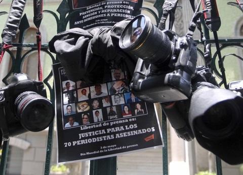 Gobierno espía a periodistas y activistas en México
