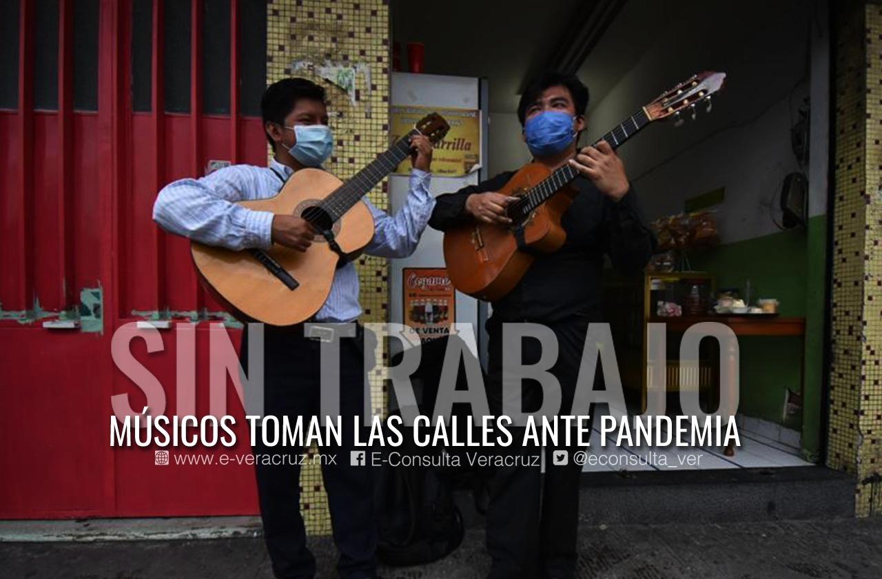 """Grupo """"Los Virreyes de Xalapa"""" vive de la música, pese a pandemia"""