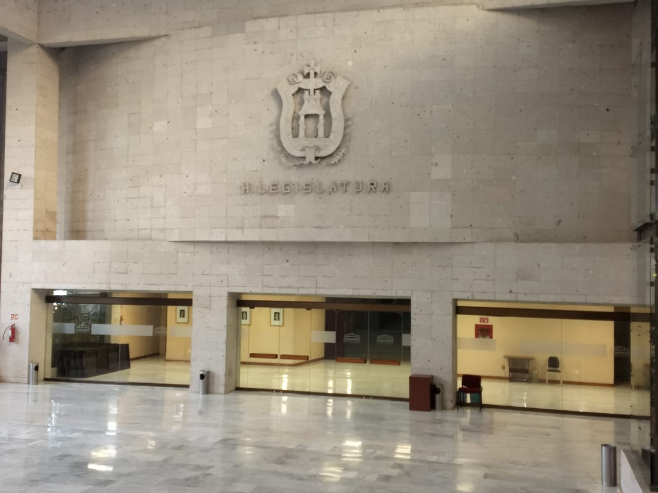 Morena pierde 3 diputados; se integran otro grupo mixto