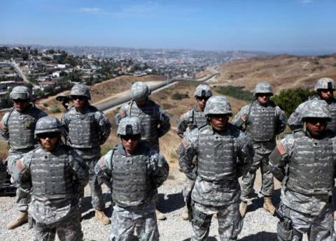 EEUU quiere 700 soldados y helicópteros más para la frontera con México