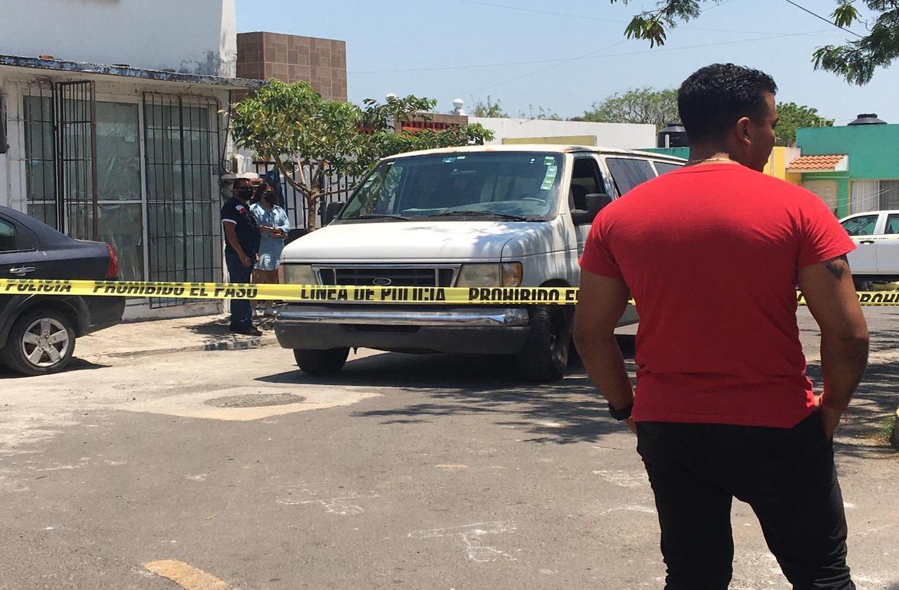 Hallan a pareja sin vida en Veracruz; mujer sería elemento de SEMAR