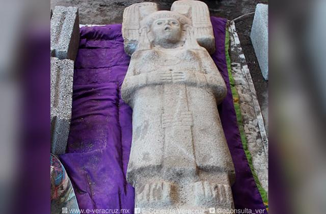 Hallan figura prehispánica de mujer en Álamo, única en su tipo