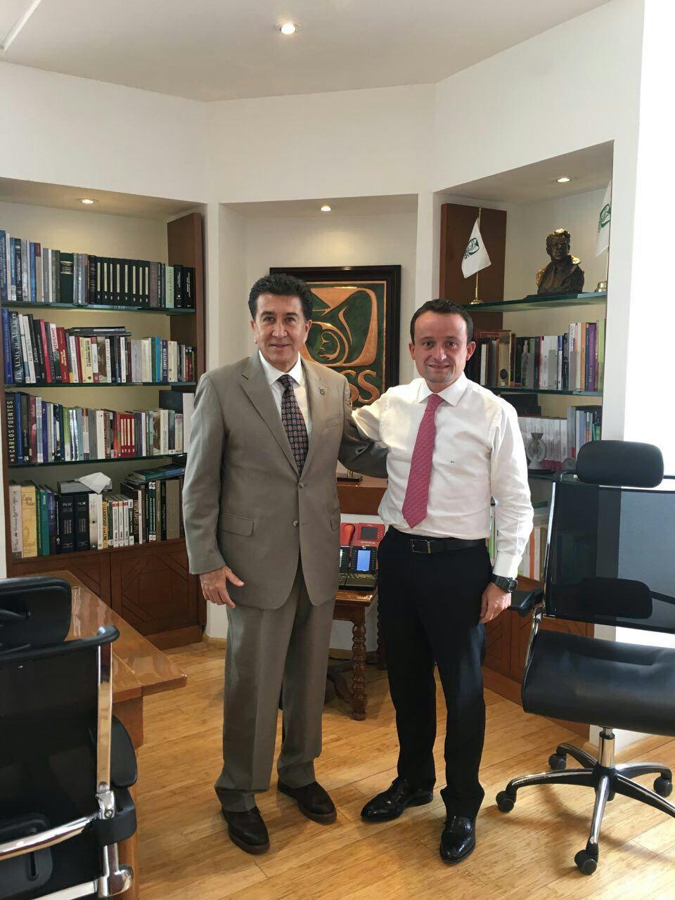 Se reúne Héctor Yunes con el Director del IMSS para otorgar seguridad social a periodistas
