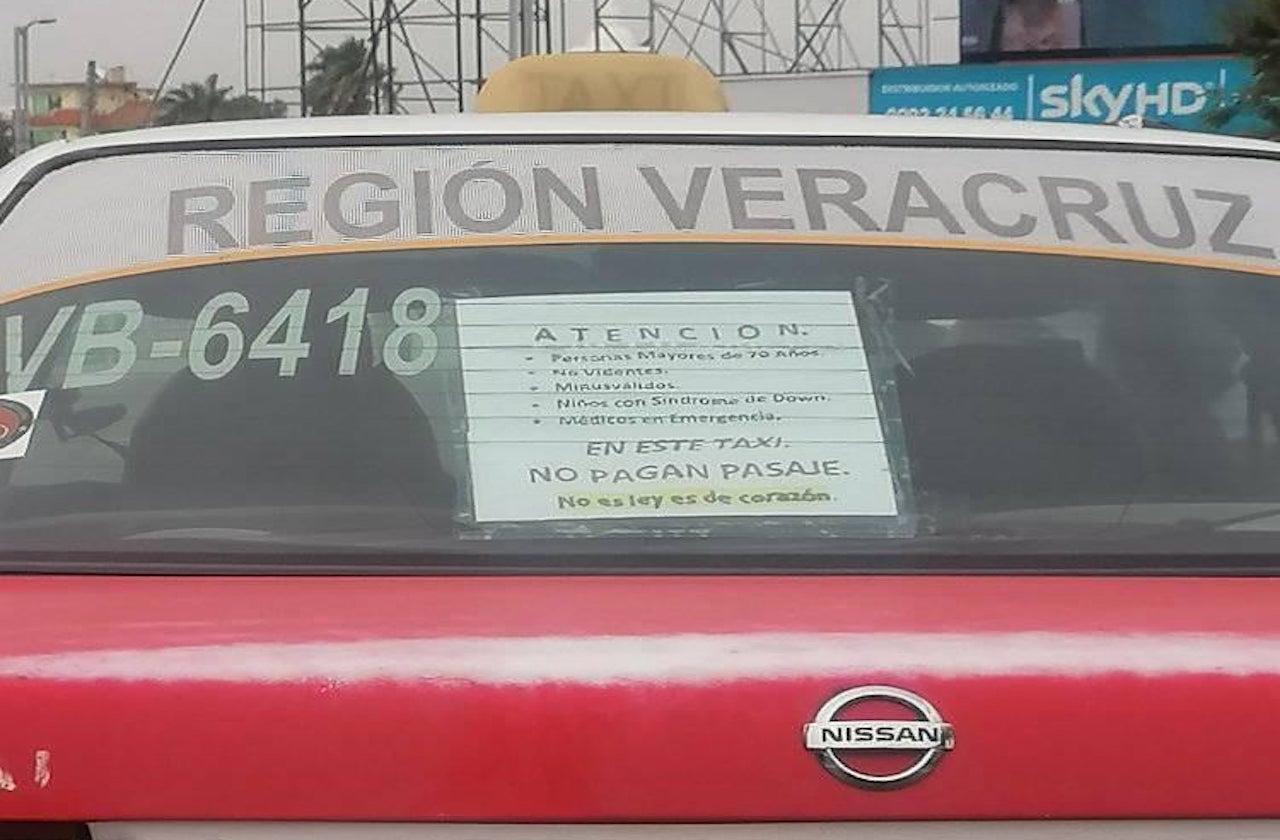 ¡Héroe sin capa! Buscan a taxi que da servicio gratis a adultos mayores
