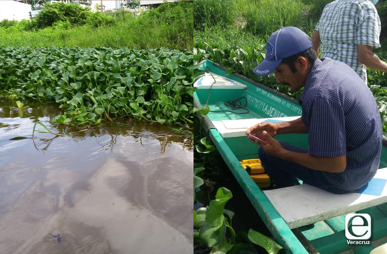 Pescadores reportan derrame de combustible en río Coatza