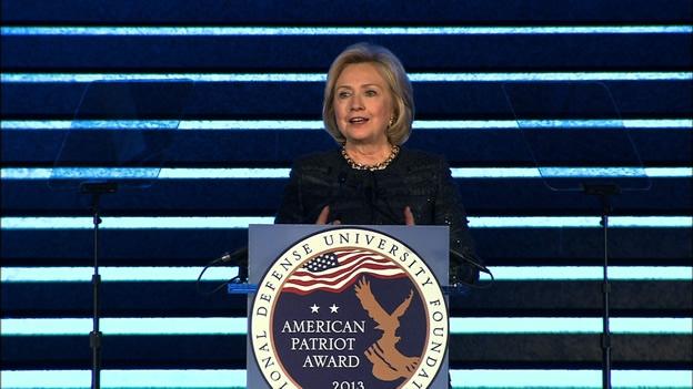 Hillary Clinton exige medidas más agresivas en contra de ISIS
