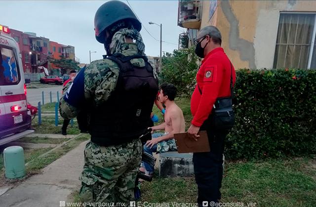 Hombre es atacado con un picahielo en Coatza