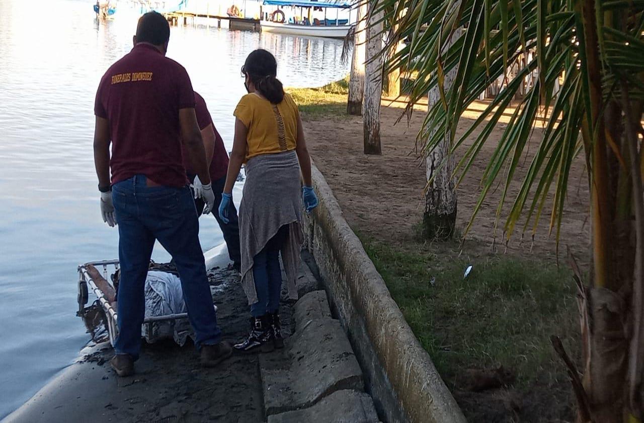 Hombre muere ahogado en playa de Las Barrillas, en Coatza