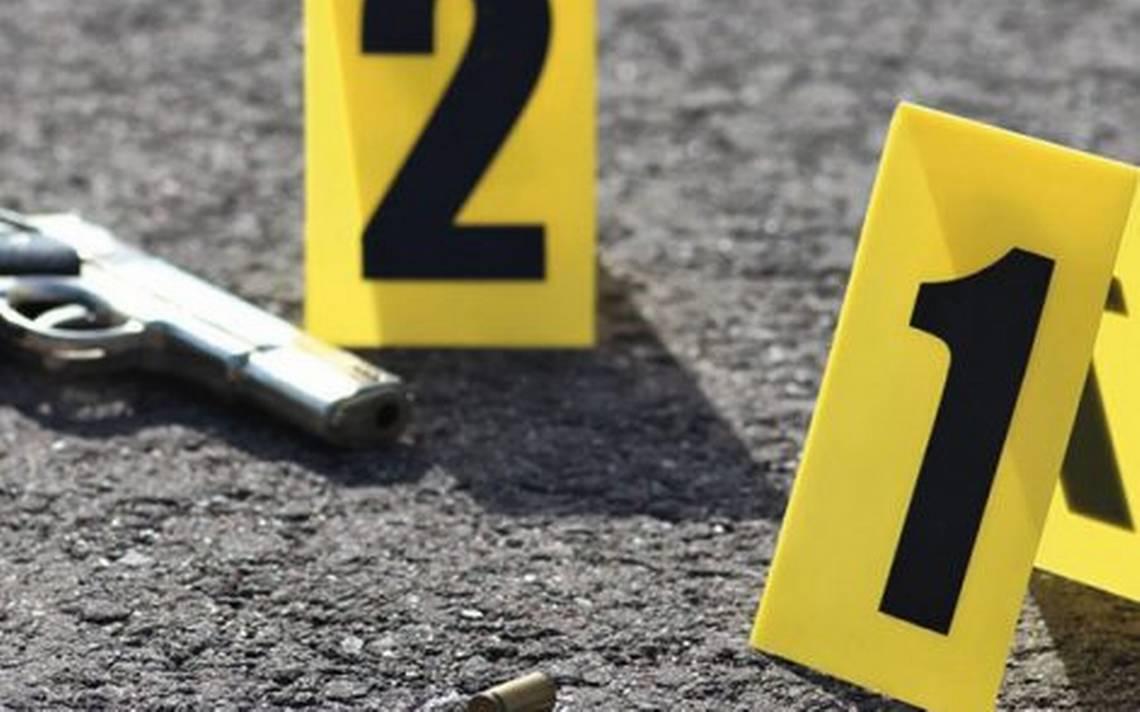 Coatzacoalcos: Dos muertos y un herido tras fuego cruzado en plaza